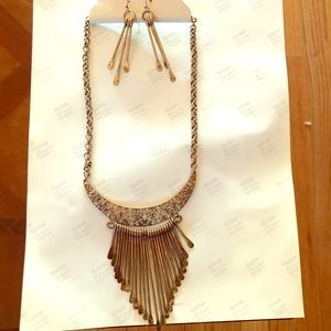 Jewelry - NEW Adjustable Fringe Necklace and Earrings Set